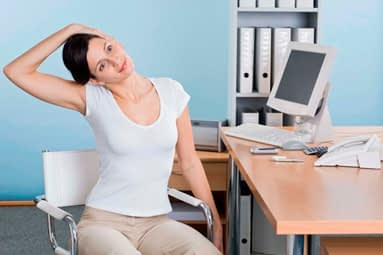 Salud: corrige las malas posturas en la cuarentena